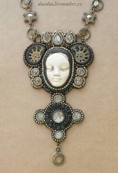 Ammonite, Beaded Embroidery, Dolls, Beads, Beaded Jewellery, Artist, Inspiration, Faces, Necklaces