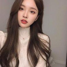Pretty Korean Girls, Cute Korean Girl, Asian Girl, Really Pretty Girl, Pretty Face, Korean Beauty, Asian Beauty, Pelo Retro, Ulzzang Korean Girl