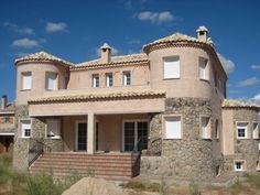 #Casas #Clasico #Exterior #Escalera #Terraza #Puertas #Fachada #Barandillas #Peldaños #Ventanas