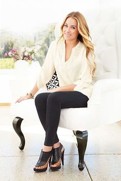 Lauren Conrad media gallery on Coolspotters. See photos, videos, and links of Lauren Conrad. Lolita Lempicka, Lauren Conrad Style, Estilo Kardashian, Affinity Photo, Business Portrait, Business Headshots, Corporate Headshots, Fashion Line, Woman Fashion
