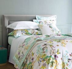 Love this bedding. Will definitely be looking to change to something like this in the summer time