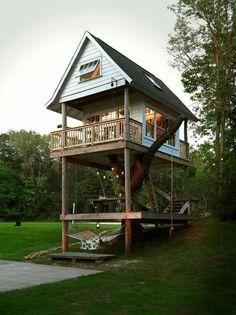 Baumhaus, Einrichtung, Wohnen, Tiny House Movement, Einmachglas Leuchten,  Leuchten, Baumhausideen, Das Baumhaus, Modernes Kleines Haus