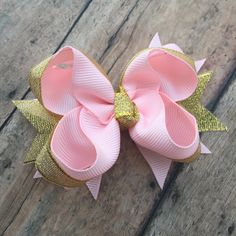 Pink and Gold bow - Dressy Hair bow - Pink and gold - Birthday bow - 1st birthday bow - sparkle bow - Small boutique bow - little hair bow by BBgiftsandmore on Etsy