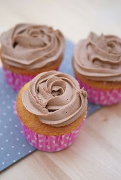 Cupcakes de chocolate. Chocolate cupcakes.
