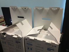 Funny pictures about Evil plotting boxes. Oh, and cool pics about Evil plotting boxes. Also, Evil plotting boxes. Funny Pins, Hilarious, Funny Stuff, Humor Grafico, I Love To Laugh, Laughing So Hard, Funny Faces, Funniest Faces, Cool Stuff