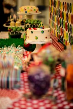 While we loved our Very Hungry Caterpillar dessert table, we love the photos taken by Lonna at Smile Bella Photography. Such a great eye - made this one year old party look like a work of art! (http://www.smilebellaphoto.com)
