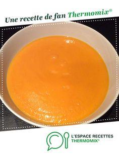 soupe butternut par Lili1977. Une recette de fan à retrouver dans la catégorie Soupes sur www.espace-recettes.fr, de Thermomix<sup>®</sup>.
