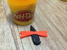 A tiny playdough bug!!!