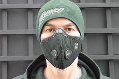 Winter running: Running in 'chilled' air.  Respro® ULTRA LIGHT™ Mask