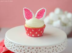 These Easy Bunny Cupcakes are made with marshmallow and sprinkle ears! Anyone can make these fun Easter cupcakes, but watch out or they'll HOP away!