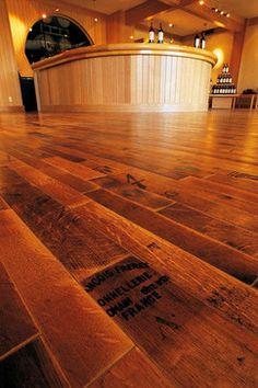vintage floor... LOVE!