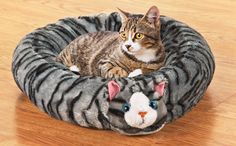 Round Cat Shaped Pet Bed