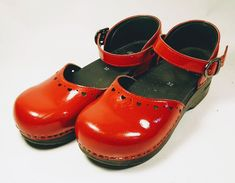 DANSKO RED PATENT LEATHER ANKLE STRAP Girls SANDALS Clogs SZ 32   Clothing, Shoes & Accessories, Kids' Clothing, Shoes & Accs, Girls' Shoes   eBay!