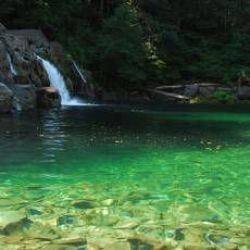 25 Best Swimming Holes in Oregon Bucket List: #1, 2, 7, 9, 10, 15, 19, 21, 23, 24