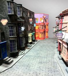 My model of Diagon Alley from Harry Potter Everything is made only of PAPER and painted by hand Based only on photos and videos. If you are interested to buy some house, just NOTE me your idea so w. Harry Potter Halloween, Harry Potter Dolls, Mundo Harry Potter, Harry Potter Room, Harry Potter Gifts, Harry Potter Theme, Harry Potter Birthday, Hogwarts, Slytherin