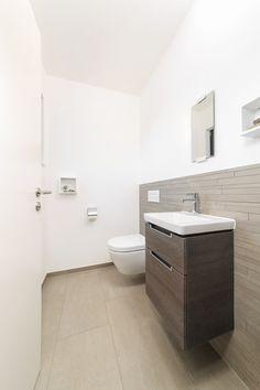 Lovely Innenraum Badezimmer Fliesen grau Haus Schneider Baufritz
