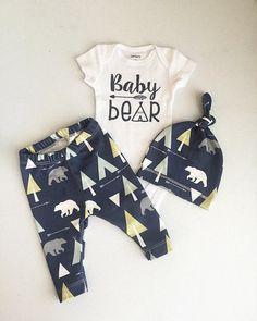 Newborn Baby Boy Coming Home Outfit Boys von RockingHorseLane