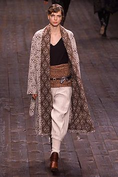 Dries Van Noten | Fall 2002 Ready-to-Wear Collection