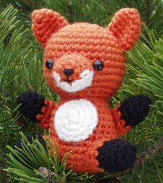 Fox amigurumi pattern.  really want to make this!