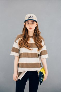 Korean Ulzzang Fashion     Name: Im Bora  Age: 20  Instagram: www.instagram.com/3.48kg                                                    ...