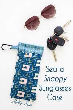 Keep your sunglasses scratch-free in your purse with this snap top sunglasses case. Check out the free sewing tutorial! Easy Sewing Patterns, Sewing Tutorials, Sewing Hacks, Sewing Projects, Sewing Tips, Sewing Ideas, Craft Projects, Diy Glasses, Snap Bag