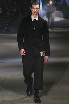 Y-3 | Fall 2013 Ready-to-Wear Collection | Style.com