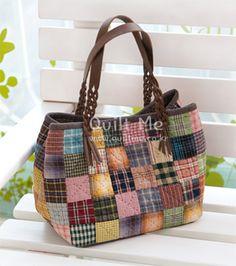 American quilt - Pretzel Tote square patch handle]