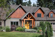 Charming and Luxurious Craftsman Home Plan - 69002AM - 13