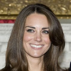 See Oval Face Shape hairstyles. Browse our hairstyle gallery for more Oval Face Shape hairstyles. Kate Middleton Hair, Princess Kate Middleton, Oval Face Shapes, Oval Faces, Face Shape Hairstyles, Cool Hairstyles, Layered Hairstyles, Bridal Hairstyles, Prinz William