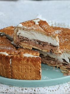 Goal - Italian Pastries Pastas and Cheeses Yummy Treats, Delicious Desserts, Sweet Treats, Pie Dessert, Dessert Recipes, Italian Pastries, Torte Cake, Candy Cakes, Pastry Shop