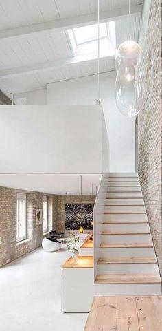 urban life // interior // wall art // home decor // city suite // urban loft // city living //
