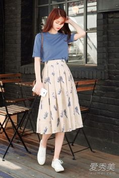 Fashion Tips 2018 Xng xnh vy hoa cho ngy h rng r.Fashion Tips 2018 Xng xnh vy hoa cho ngy h rng r Korean Girl Fashion, Korean Fashion Trends, Korean Street Fashion, Ulzzang Fashion, Cute Fashion, Asian Fashion, Look Fashion, Fashion Design, 70s Fashion