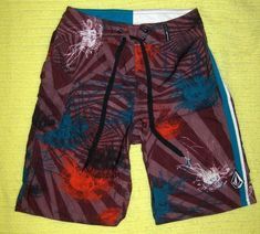 c09754fa36 Volcom Surf Beach Swim Shorts Boardshorts Multi Color Boys Size 12 26
