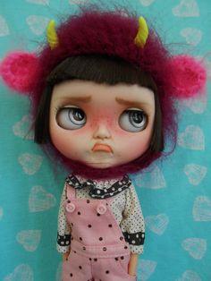 Custom Blythe Doll / pouting blythe #blythe