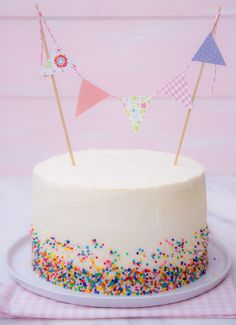 Baby Food Design Simple Super Ideas – Sweet World Ideas Cake Decorating For Kids, Birthday Cake Decorating, Fiesta Cake, Confetti Cake, Hazelnut Cake, Baby Food Recipes, Food Baby, Birthday Cupcakes, Pretty Cakes
