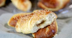 Dessert Recipes, Desserts, Bagel, Doughnut, Horns, Sweets, Bread, Baking, Food