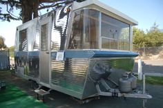 I find these 1960's Holiday House trailers very interesting! http://oldtrailer.com/Images/1960-holiday-house-trailer-900.jpg