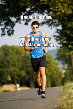 Let 2015 be your BEST year ever! Run with great shoelacesMotivation & succes quotes - FOLLOW FeetUnique