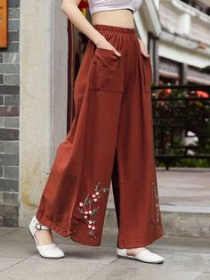 Vintage Embroidered Wide Legs Cotton Pants - Vintage Embroidered Wide Legs Cotton Pants Best Picture For outfits semiformales For Your Taste Y - Fashion Pants, Hijab Fashion, Fashion Dresses, Dope Fashion, Sleeves Designs For Dresses, Sleeve Designs, Casual Outfits, Cute Outfits, Embroidered Clothes