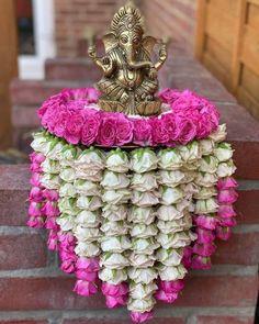 Wedding Hall Decorations, Diy Diwali Decorations, Desi Wedding Decor, Backdrop Decorations, Festival Decorations, Wedding Events, Backdrops, Ganpati Decoration Design, Thali Decoration Ideas