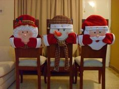 Funny And Cute Chair Cover Ideas For Christmas Christmas Clay, Christmas Bells, Diy Christmas Ornaments, Christmas Stockings, Christmas Holidays, Diy For Kids, Crafts For Kids, Diy Crafts, Christmas Chair Covers