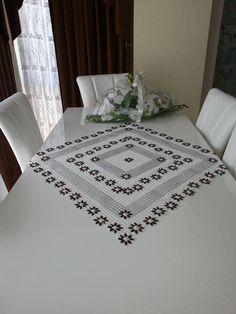 Kasnak işi salon masa örtüsü | Hobi Blogu