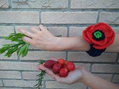 bracciale Papavero/ Poppy bracelet/dark blue/ red /handmade di iotiamo su Etsy