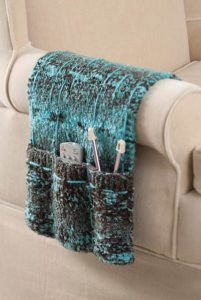 Free knitting pattern for Armchair Caddy