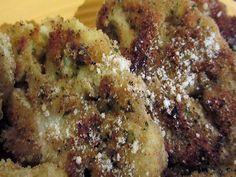LEGUMES EMPANADOS. INGREDIENTES PRINCIPAIS. - 1 cebola pequena picada; - 1 colher (sopa) de azeite de oliva; - 1 xícara (chá) de brócolis picado (só as flores); - 1 xícara (chá) de couve-flor bem picada; - 1 xícara (chá) de cenoura bem picada; - 2 colheres (café) de sal; - 4 colheres (sopa) rasas de farinha