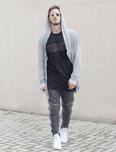Outfit Men, Fashion Men, Men Style, Zara, sweatpants, long t-shirts, white shoes - www.rodrigoperek.com