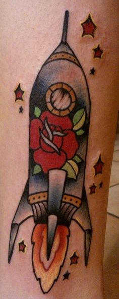 tattoo old school - traditional ink - rocket