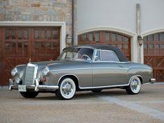 1958-60 Mercedes-Benz 220 SE Cabrio #mercedesclassiccars
