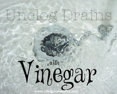 Vinegar Tips: How to Clean the Bathroom - Ask Anna