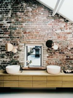 Beautiful exposed brick wall in this bathroom. This is why I wish my loft was old! I love the character. Rustic Bathroom Designs, Rustic Bathrooms, Modern Bathroom, Industrial Bathroom, Chic Bathrooms, Design Bathroom, Masculine Bathroom, Funky Bathroom, Italian Bathroom
